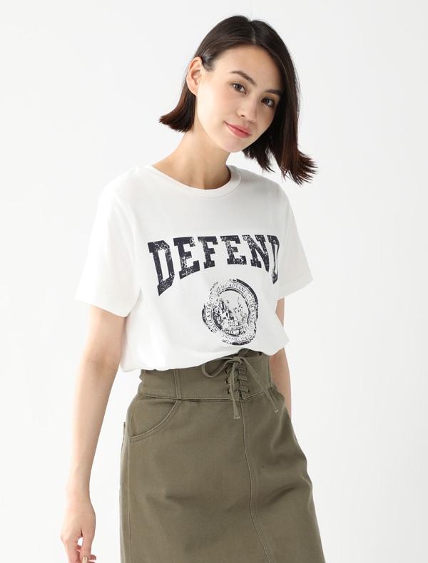 カレッジTシャツ