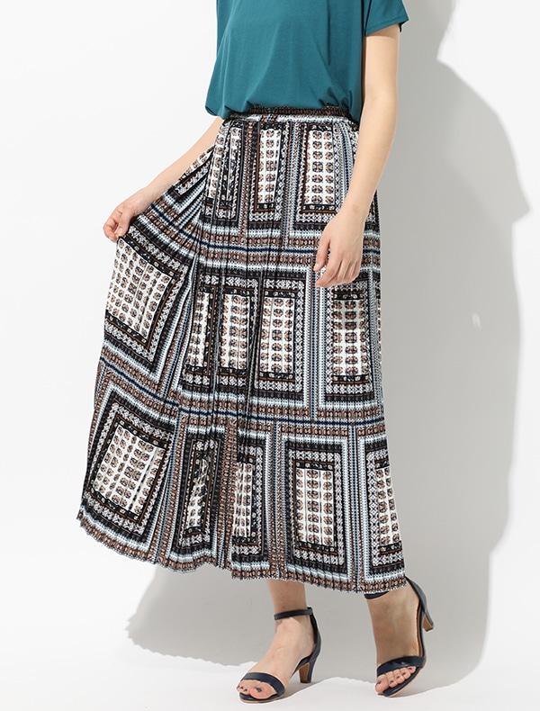 スカーフ柄プリーツスカート