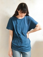 脇タックTシャツ