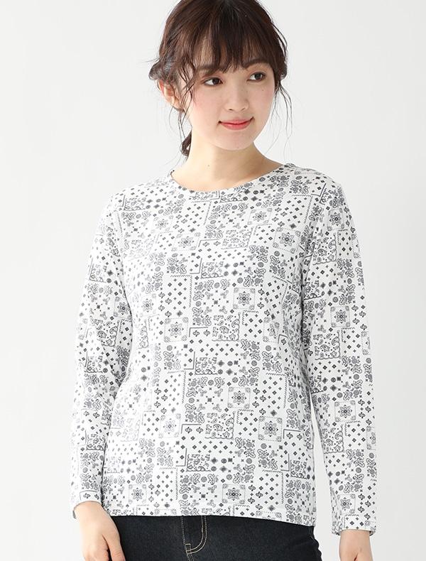 総柄Tシャツ